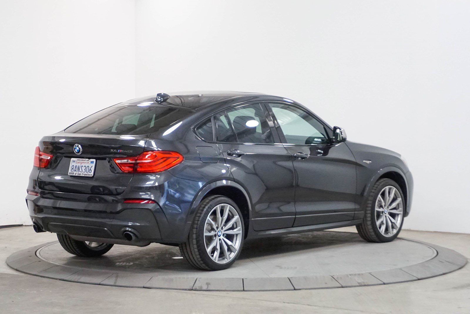 Certified Pre-Owned 2018 BMW X4 M40i